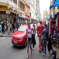 Crowed streets along 25 de Marco in Sao Paulo, Brazil in Slow Motion Stock Footage