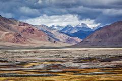 Himalayan lake Tso Kar in Himalayas, Ladakh, India Stock Photos