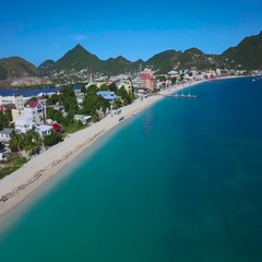 4K aerial lift reveal shot of Great Bay Town, St Maarten, Okt 2016 Stock Footage