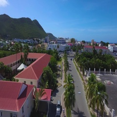 4K aerial of University of St. maarten at Great Bay Town, St Maarten, Okt 2016 Stock Footage