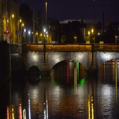 The bridge in the center of the Dublin city in Ireland Stock Footage