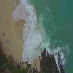4K aerial tilt up reveal shot of beach at Baie Rouge, St Maarten, Okt 2016 Stock Footage