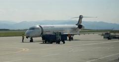 Bombardier CRJ-900LR, Lufthansa regional airplane landing Stock Footage