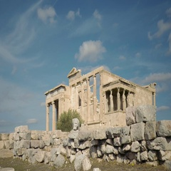 Akropolis Athen Erechtheion temple with moving clouds Stock Footage