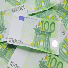 One hundred euroes banknotes Stock Footage