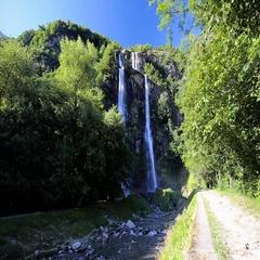 Acquafraggia waterfall in Italia. Stock Footage