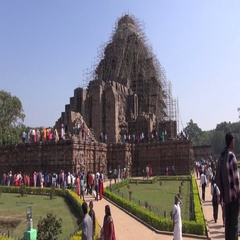 Peoples in UNESCO heritage, ruined temple of Sun god, Konark, India Stock Footage