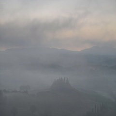 Early morning on countryside, San Quirico dOrcia, Tuscany, Italy Stock Footage