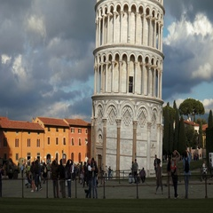 Tilt shot of famous leaning tower of Pisa Stock Footage