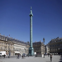 Statue of Napoleon in Vendome square in Paris. Time-lapse sequence Stock Footage