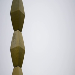The Endless Column sculpture made by Constantin Brancusi Stock Footage