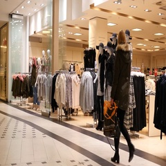 Dresden Germany people in shopping mall - fashion clothes store entrance Stock Footage