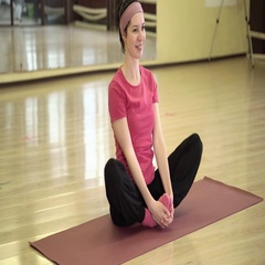 Happy woman doing fitness exercises on a mat Stock Footage