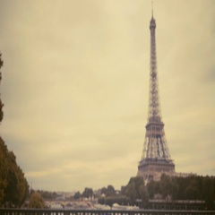 Woman tourist in Paris. Traveller female in hat, shooting on camera in her phone Stock Footage