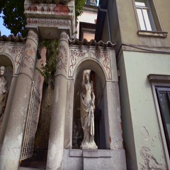 Two statues at Križanke Outdoor Theatre Stock Footage