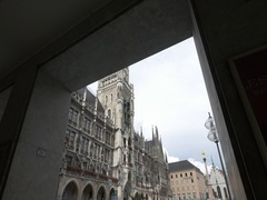 Beautiful view of New town hall (Neues Rathaus) Munich Stock Footage