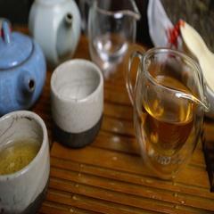 Master of tea in tea ceremony Stock Footage
