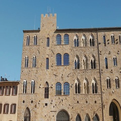 Palace in Volterra main square Stock Footage
