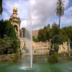 Fountain in Parc de la Ciutadella, in Barcelona, Spain Stock Footage