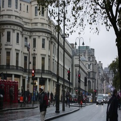 London in the rain: Strand Street Stock Footage