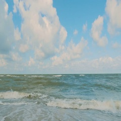 Sea surf on a cloudy day Stock Footage