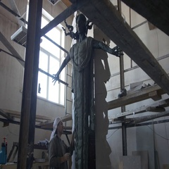 The sculptor sculpts a statue out of clay Stock Footage