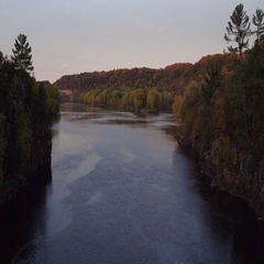 St Croix Valley Fall River on a Cool Fall Morning at Sunrise. Stock Footage