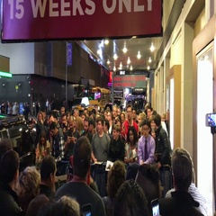 Crowd awaits a famous actor outside a theater. Stock Footage