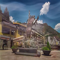 Timelapse of monument by Salvador Dali, Andorra La Vella, Andorra. Stock Footage