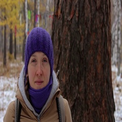 Portrait of a girl near a big old tree, larch. Close-up Stock Footage