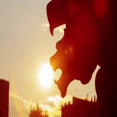 Timelapse of the statue on sunset near Arc de Triomf in Barcelona, Spain. Stock Footage