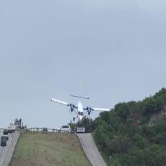 Dangerous Landing in St. Barts Stock Footage