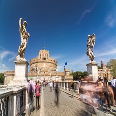 Timelapse of tourists at Saint Angelo's bridge (Ponte Sant'Angelo) near castle Stock Footage