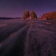 4K. Starry night over the island Olkhon. Burkhan Cape, Olkhon island Stock Footage