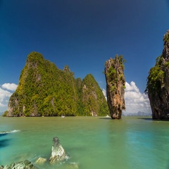 General view timelapse of the rock at the James Bond Island, Thailand. Stock Footage