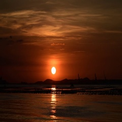 Sunset at Si Chang island, 4K Time lapse of sea and sunset sky Stock Footage