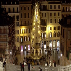 Busy place in Rome - The Spanish steps at Spagna Square Stock Footage