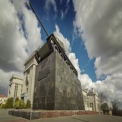 Motorized timelapse of the monument of T34 tank in Minsk city, Belarus. Stock Footage