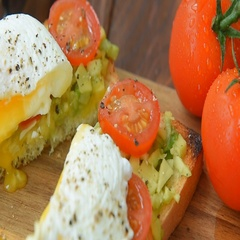 Ready to eat toast with poached egg and veggies Stock Footage