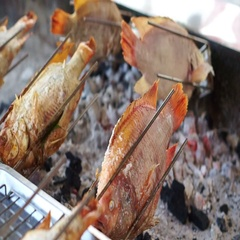 Whole fish roasting machine, red fish grill with charcoal Stock Footage