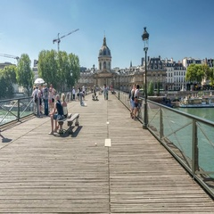 Paris. Pont des Arts, pedestrian bridge over river Seine. Stock Footage