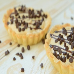 Tartlet with peanut cream and chocolate Stock Footage