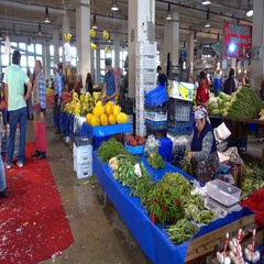 Vegetable and fruits produce market sellers Stock Footage