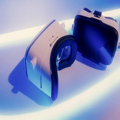 Wireless virtual wearable goggles. New video game electronic gadget Stock Footage