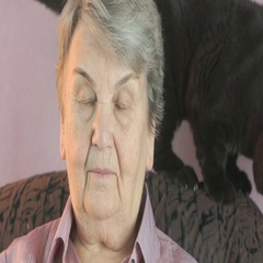 Portrait of the elderly woman with the black cat Stock Footage