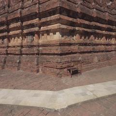 Dhamma ya zi ka Pagoda in Bagan, Myanmar 4k Stock Footage