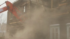 The work of special equipment for the demolition of old buildings Stock Footage