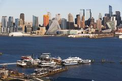USA, New York State, New York City, Ships on Hudson River and city panorama in Stock Photos