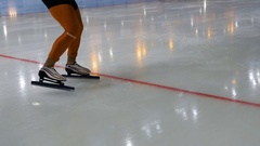 Fast start man athlete speed skater Stock Footage