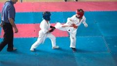 Duel karate kids Stock Footage